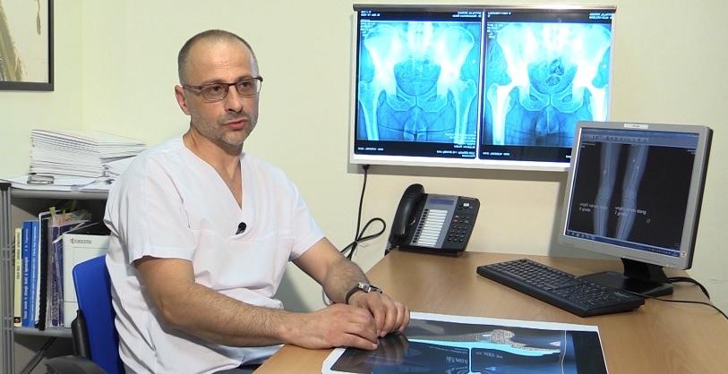 simptomele artritei și artrozei genunchiului articulațiile doare după un accident vascular cerebral
