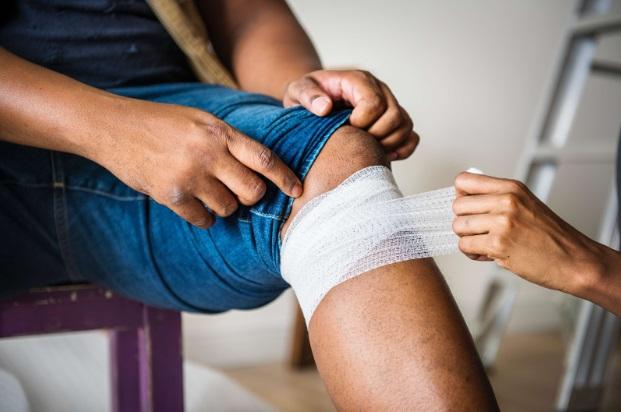 dureri de genunchi prim ajutor