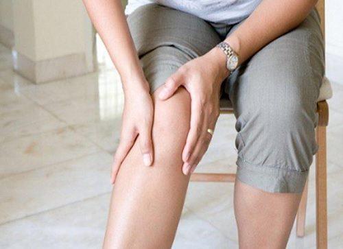 lumânări pentru durere la genunchi)