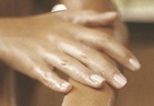 umflarea mâinilor cu artrită reumatoidă
