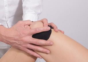 stimulând regenerarea cartilajului)