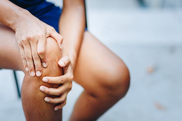 ceea ce amenință artrita articulației genunchiului
