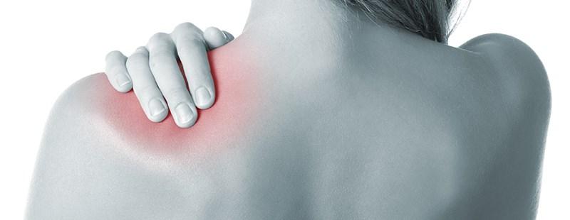 durere în articulația umărului brațului stâng în spate)