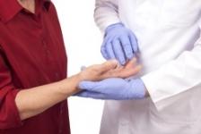 durere dimineața în articulațiile mâinilor mersul cu inflamația articulației șoldului