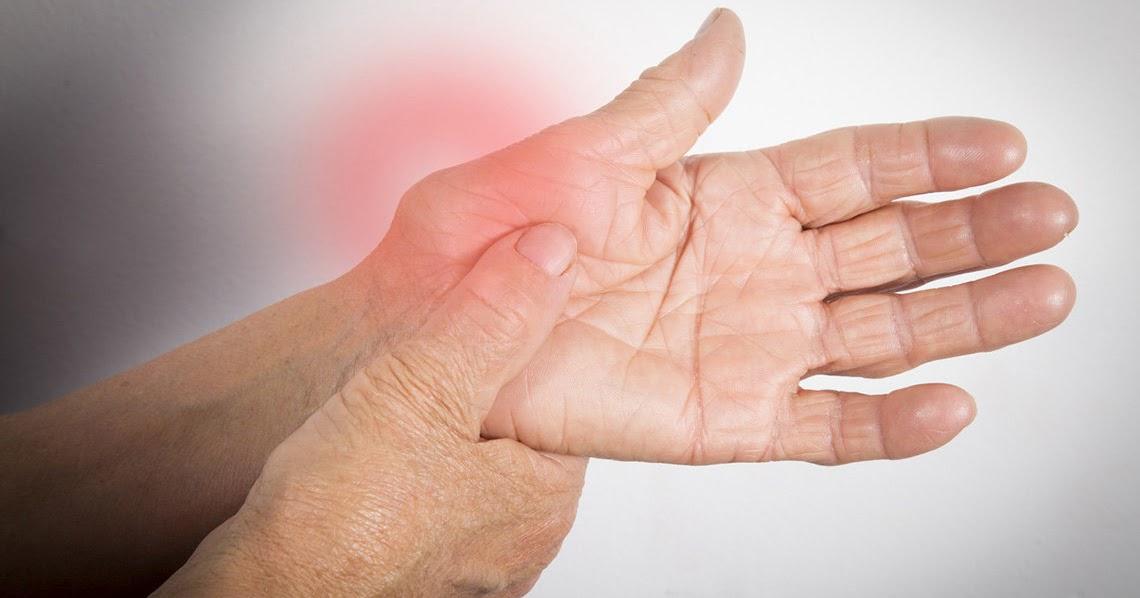 mâinile deteriorate de artrită)