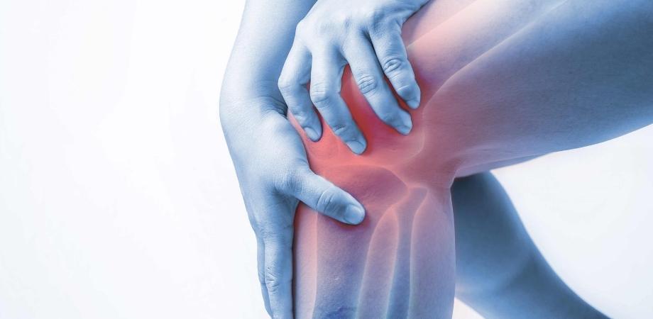 Crize severe și dureri articulare