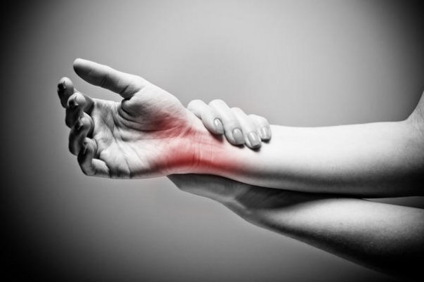 de la durerile articulare la încheietura mâinii