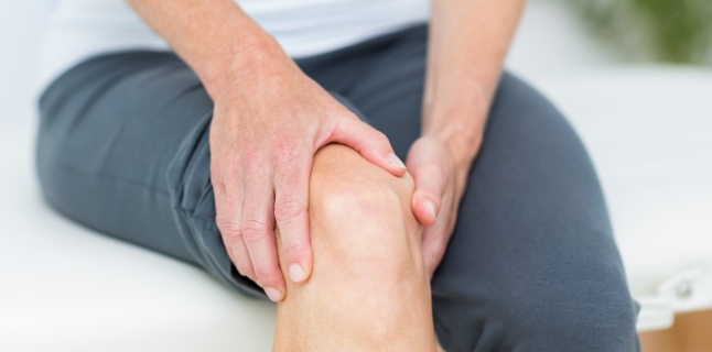 din care durere la genunchi