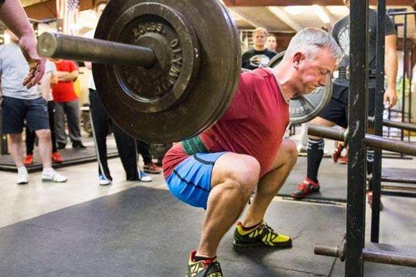 Dureri de cot în powerlifting - Cot ligament entorsă