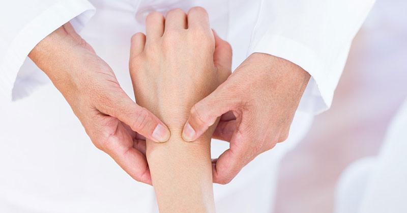 Paraziții provoacă dureri articulare