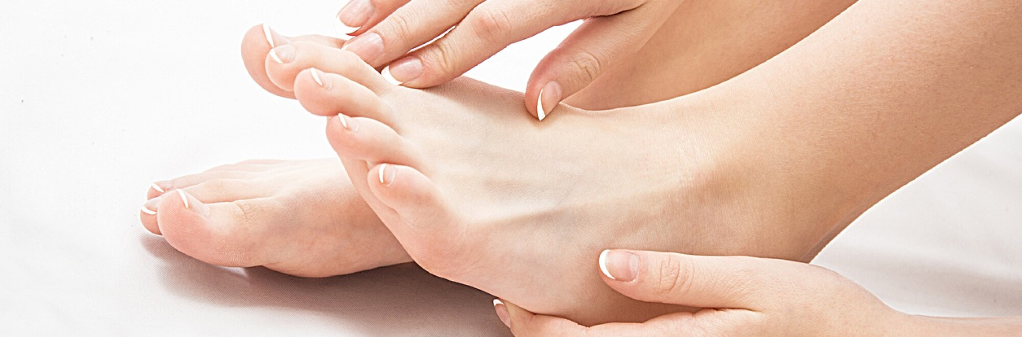 Umflarea picioarelor sub articulația genunchiului - Reduce picioarelor cauza din