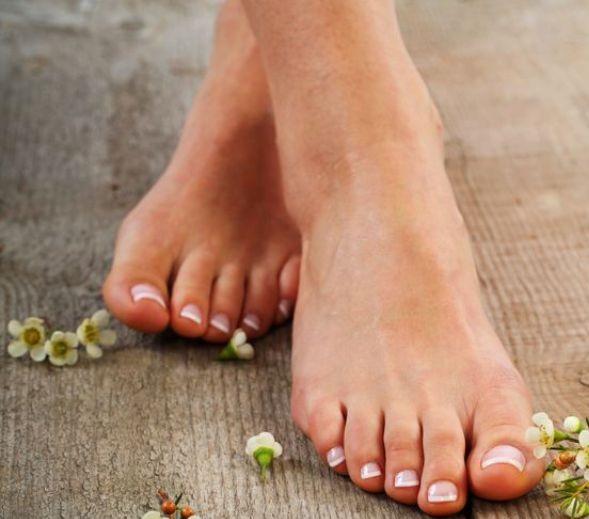 artrita se bate pe degetele de la picioare)