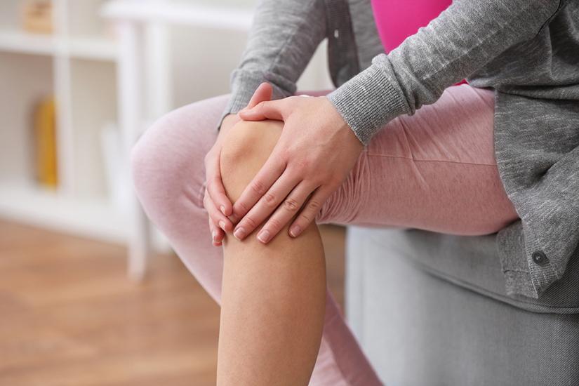 mărirea și durerea articulațiilor degetelor
