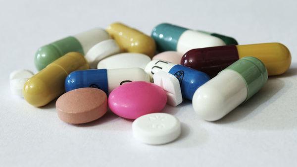 blocaj comun cu medicamentul)