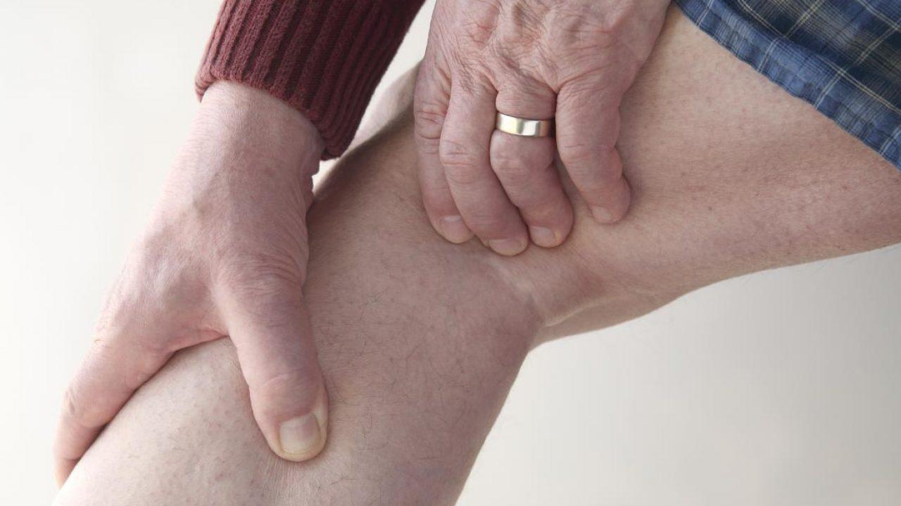 spatele genunchiului doare